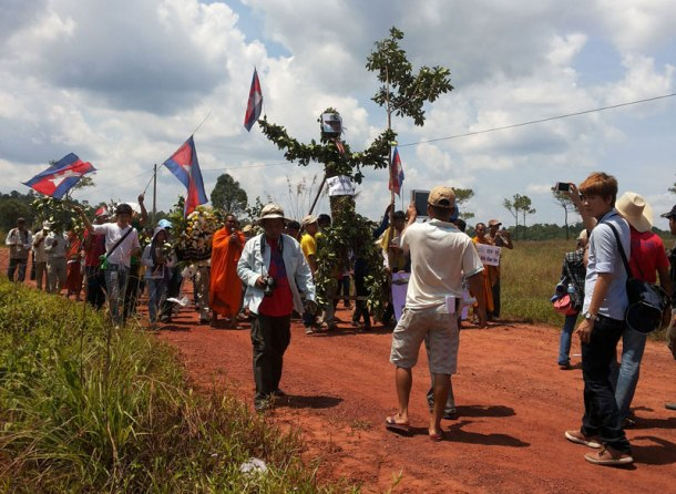 Supporters of Chut Wutty march in Koh Kong province on Saturday to mark the second anniversary of his death. (Chhim Savuth)