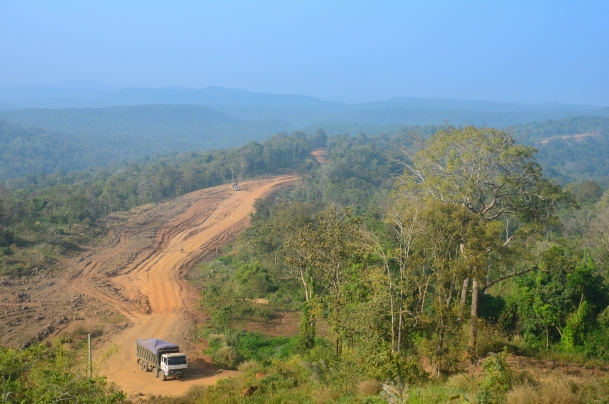 Logging Truck in Mondulkiri Protected Forest (Photo from Global Water Forum)